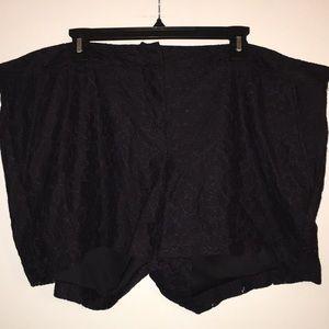 Torrid Size 18 Black Lace Shorts